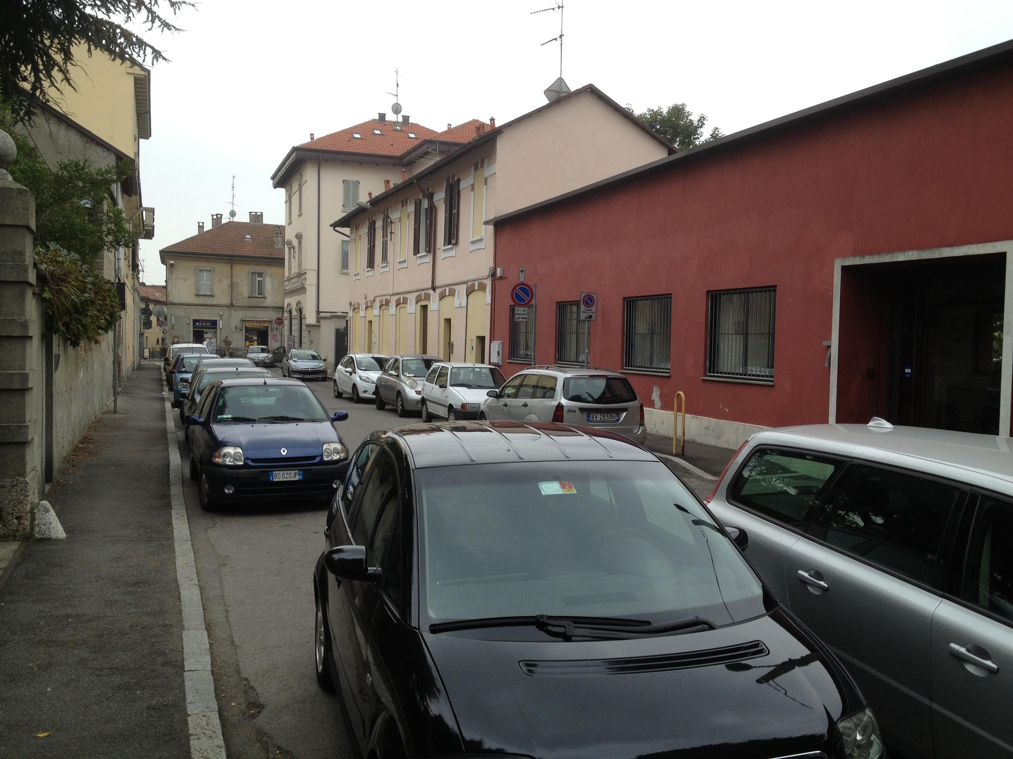 monza-via-castelfidardo-parcheggi-2