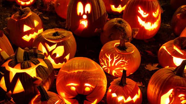 Ecco il laboratorio gratuito per costruire maschere di halloween