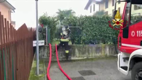 Incendio a Busnago, fiamme in una villetta di via Libertà