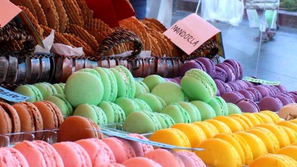 Mercatino e street food in Villa Tittoni