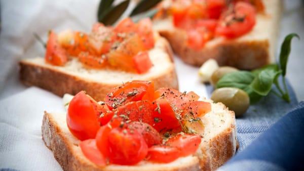 Pasticciotti, focacce e pucce salentine: ecco Puglia in Festa, i Trulli a Varedo