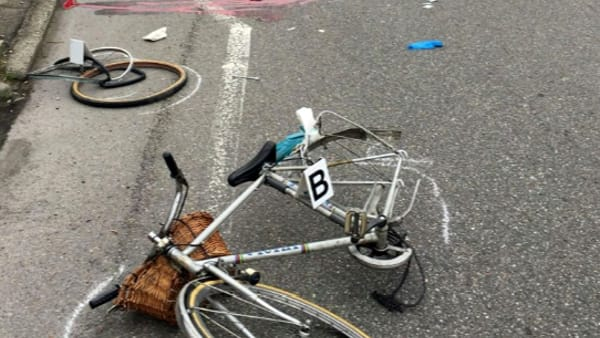 Grave incidente in bicicletta, morta una ragazza di 30 anni