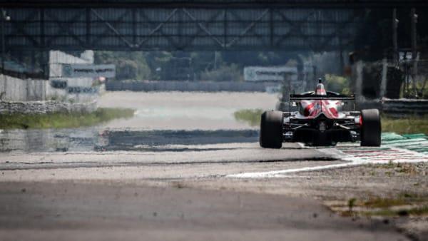 Monza, dopo il lockdown si riaccendono i motori nell'autodromo: le gare in programma