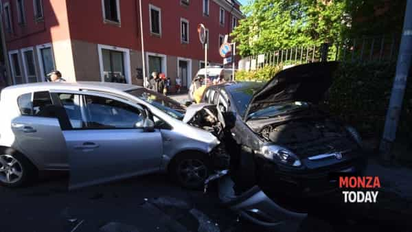 L'incidente (Foto Daniele Bennati/MonzaToday))