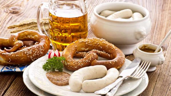 Luna park, birra e salsicce: torna l'Oktoberfest Brianza a Seregno