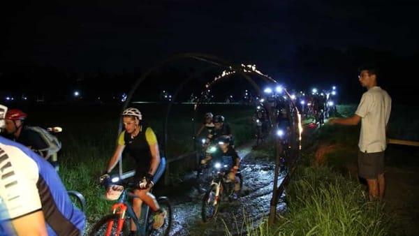 'Pedala coi lupi 2019': in arrivo la 'biciclettata' notturna con effetti speciali
