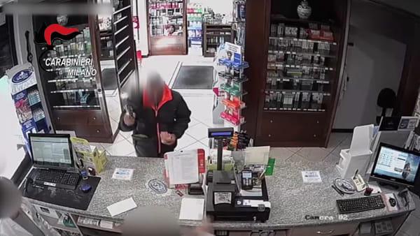 Rapina due farmacie armato di pistola: 48enne arrestato a Trezzo sull'Adda