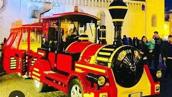 'Big coast to coast express': il trenino di Natale a Monza