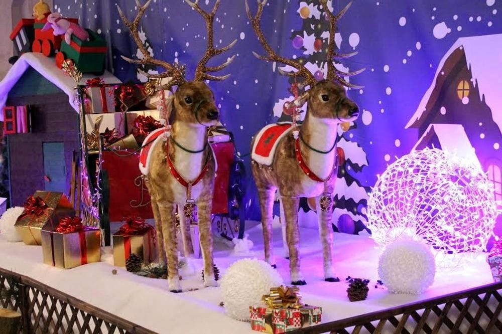 La Casa Di Babbo Natale Immagini.Cantu Casa Di Babbo Natale Eventi A Monza