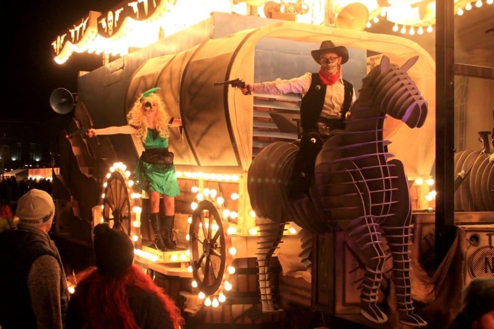 Carenevale a tema West (da Wikipedia)