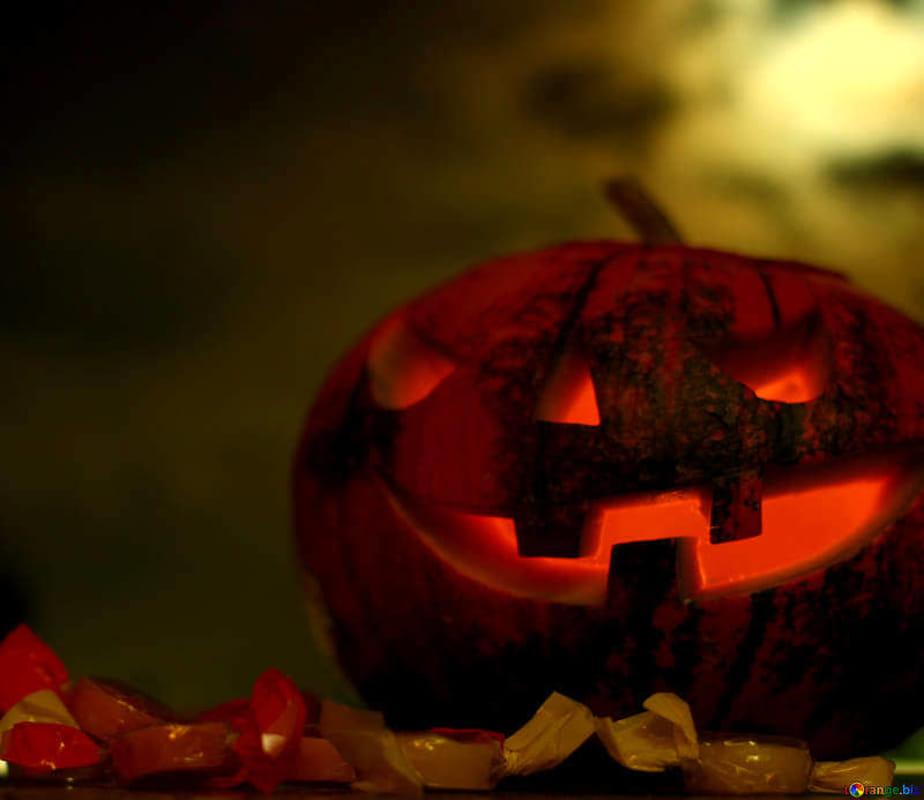 Halloween (torange.biz)