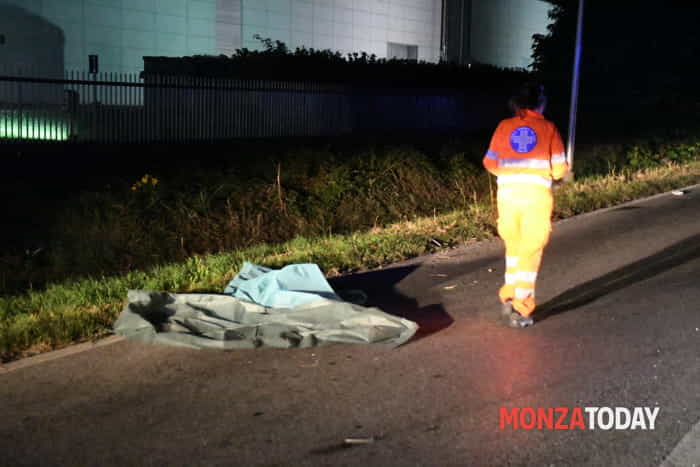 Incidente via Adda Monza 01