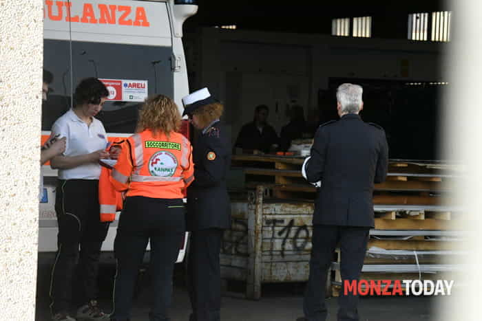 Incidente mortale in azienda a Bellusco (Foto Bennati-MonzaToday) (7)